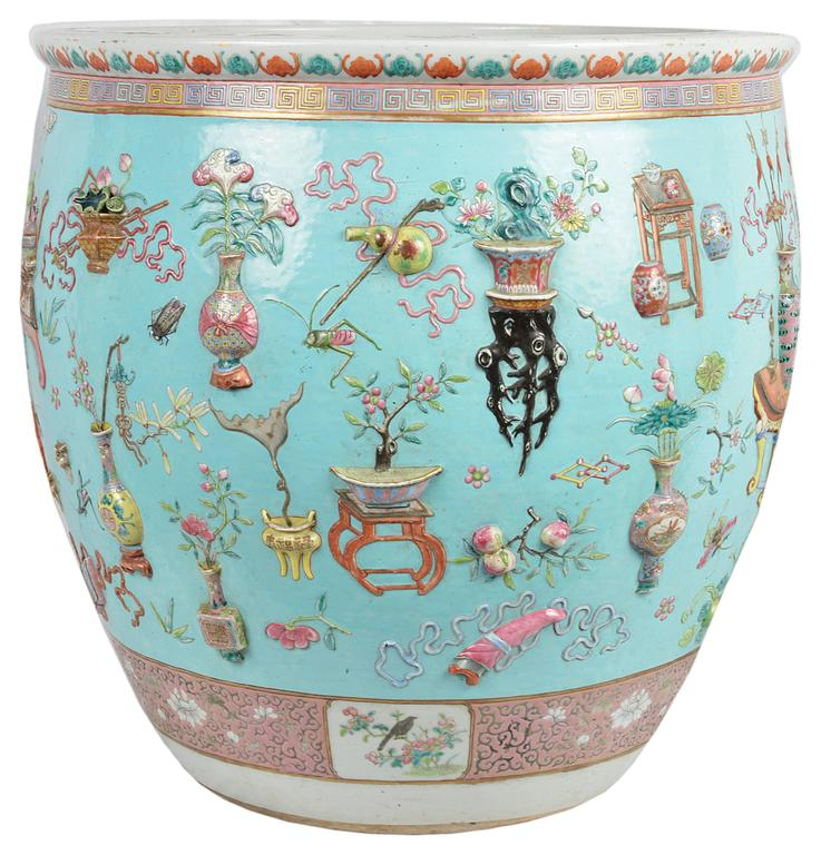 Chinese Export Chinese 19th Century Famille Rose Fish Bowl For Sale