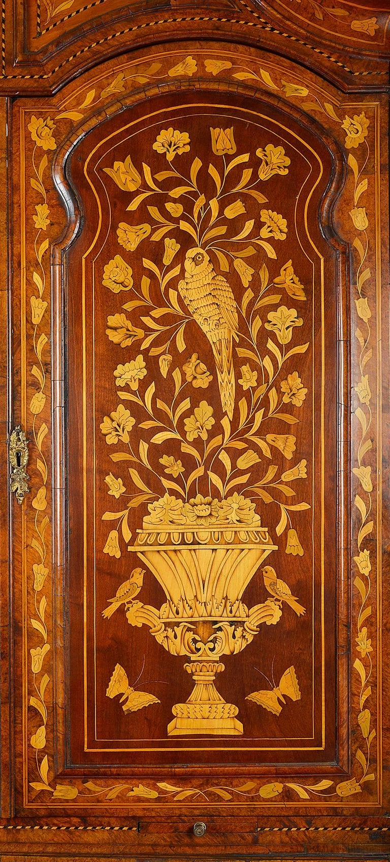 18th Century Dutch Marquetry Bureau Bookcase For Sale 3