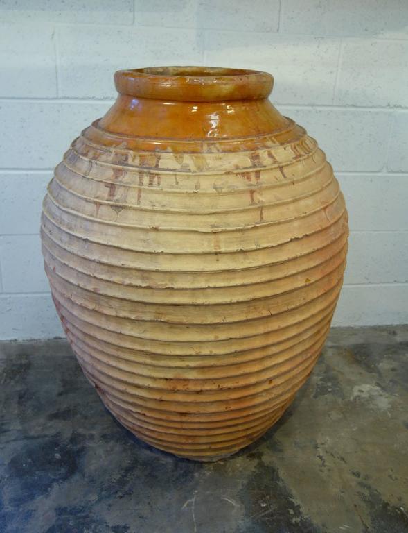 19th Century Mediterranean Terracotta Large Koroni Orcio Glazed Terracotta Jar In Good Condition For Sale In Encinitas, CA