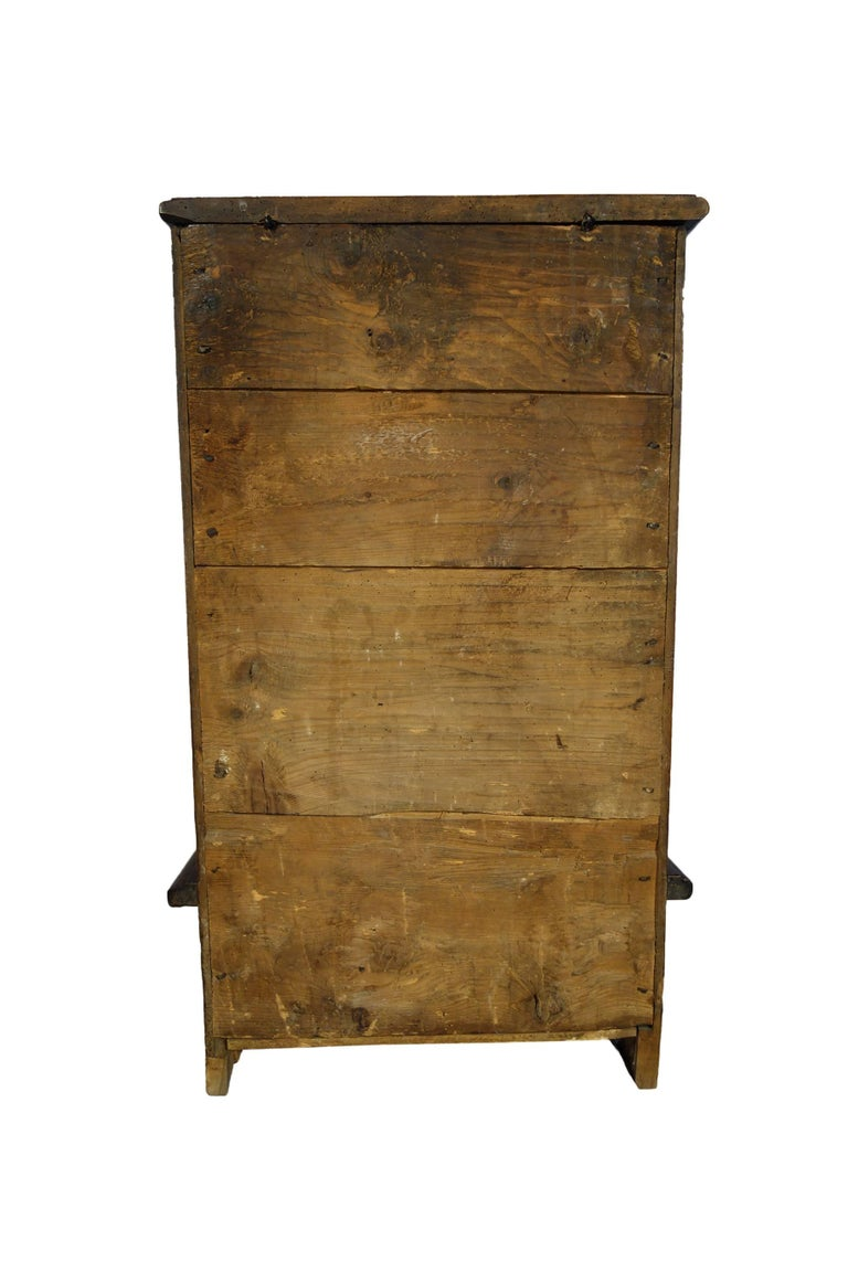 17th Century Antique Italian Rustic Tuscan Walnut Kneeler Circa 1660 In Excellent Condition For Sale In Encinitas, CA