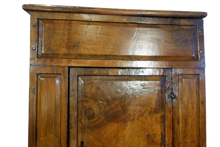 17th Century Antique Italian Rustic Tuscan Walnut Kneeler Circa 1660 For Sale 6