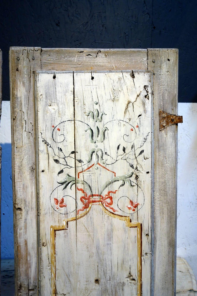 Hand-Painted Antique Italian Pair of Hand Painted Door Panels from Arezzo Tuscany Circa 1820 For Sale