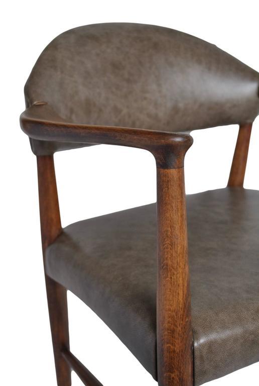 Kurt Olsen Armchair, fully restored in Italian Leather For Sale 1