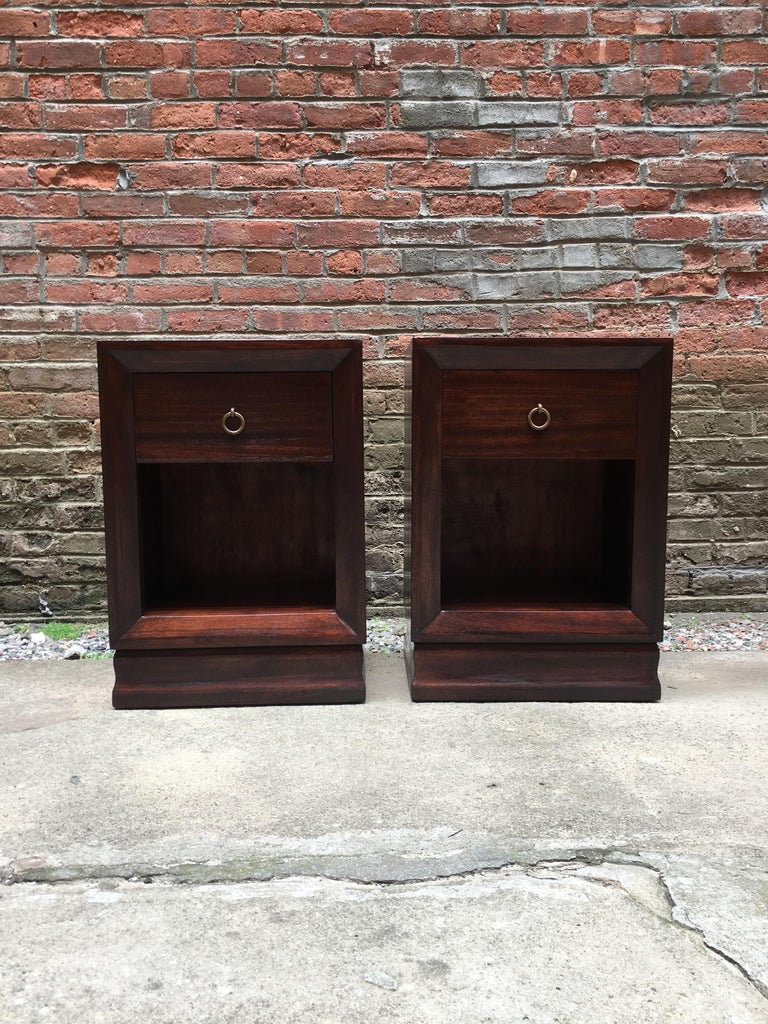Veneer Pair of Charles Furniture Mahogany End Tables For Sale