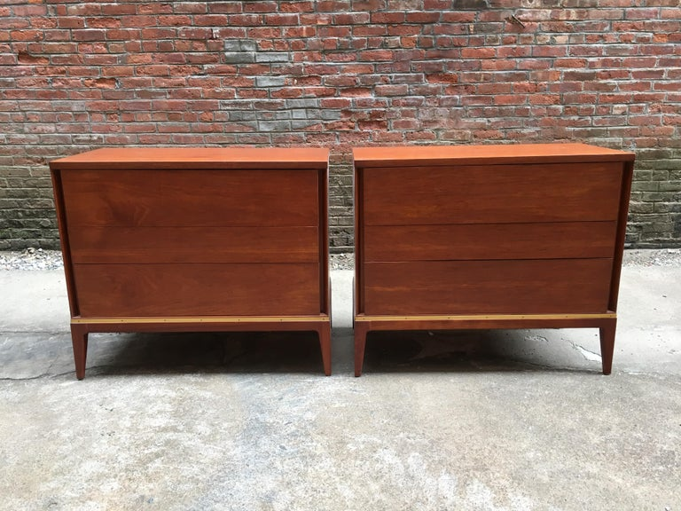 Pair of Teak and Brass John Stuart Dressers In Good Condition For Sale In Garnerville, NY
