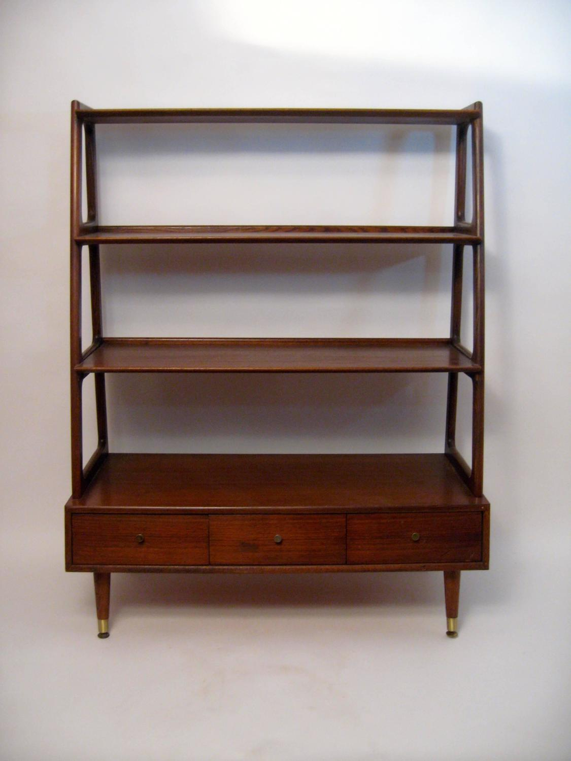 Mid Century Modern Graduated Walnut and Oak Shelving Unit at 1stdibs