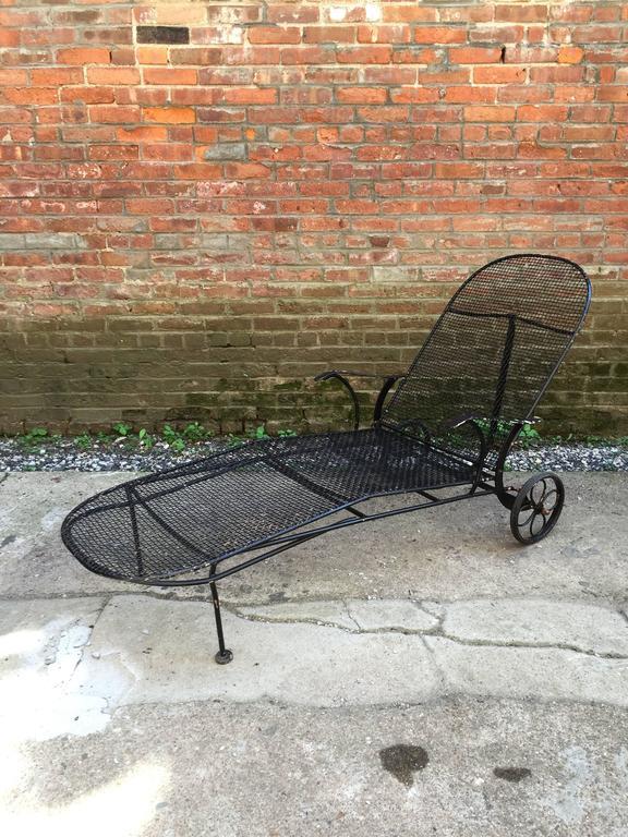 Woodard Sculptura Chaise Lounge At 1stdibs