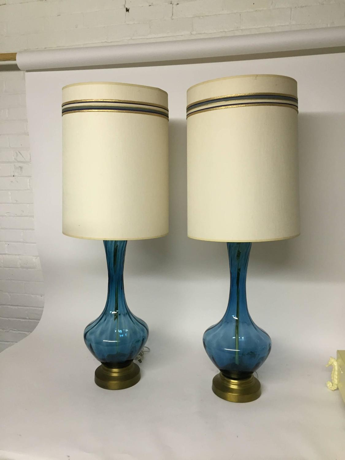 mid century modern blue glass table lamps for sale at 1stdibs. Black Bedroom Furniture Sets. Home Design Ideas