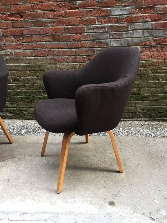 American Pair of Early Eero Saarinen Executive Armchairs for Knoll For Sale