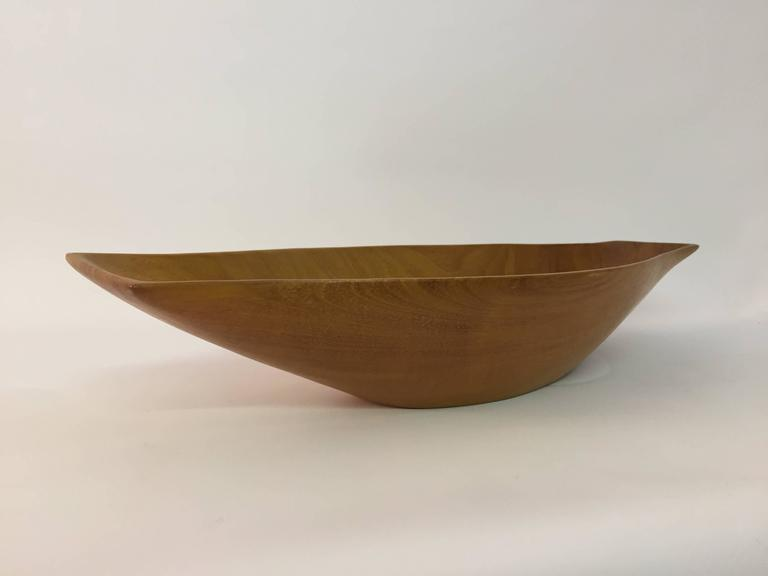 Arthur Umanoff Taverneau Collection Carved Wood Bowl In Excellent Condition For Sale In Garnerville, NY