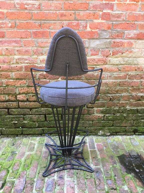 Set of Four Iron Swivel Stools In Good Condition For Sale In Garnerville, NY