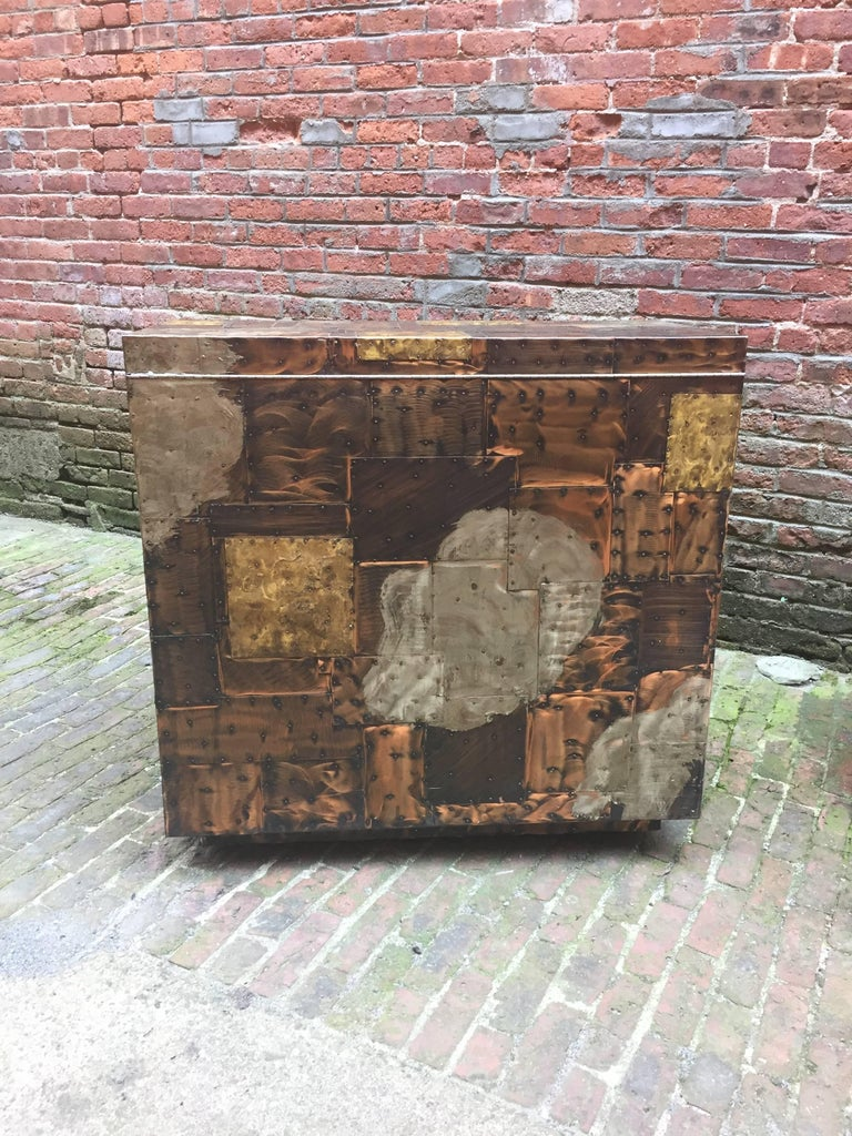 Paul Evans for Directional, 1971 Patchwork Bar Cabinet In Excellent Condition For Sale In Garnerville, NY