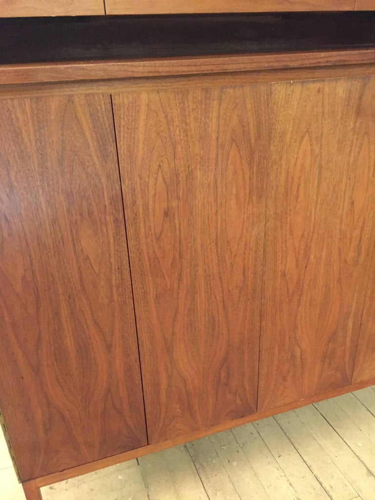 Paul McCobb Calvin Group Irwin Collection Dresser For Sale 2