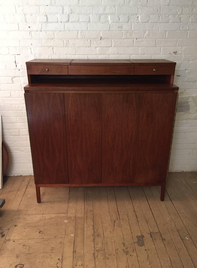 Paul McCobb Calvin Group Irwin Collection Dresser For Sale 3