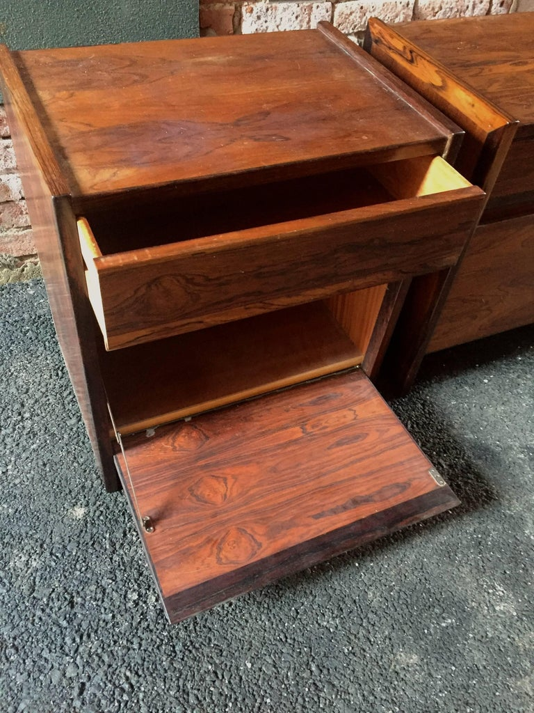 Mid-20th Century Pair of Rosewood End Tables For Sale
