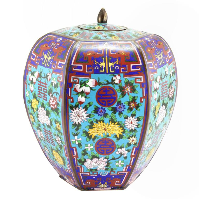 Cloissoné Pair of Large Chinese Cloisonne Enamel Lidded Jars For Sale
