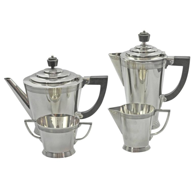 British Four-Piece Art Deco Silver Plate Tea Set by Keith Murray for Mappin and Webb For Sale