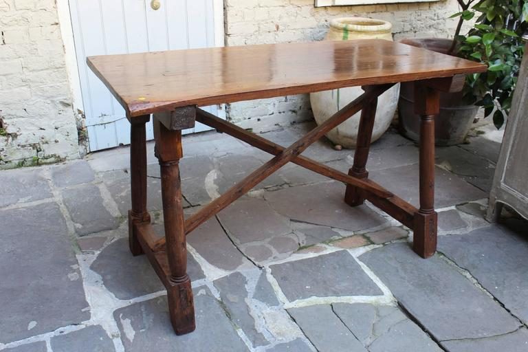 Antique French Early 19th Century Walnut Presentation Table 2