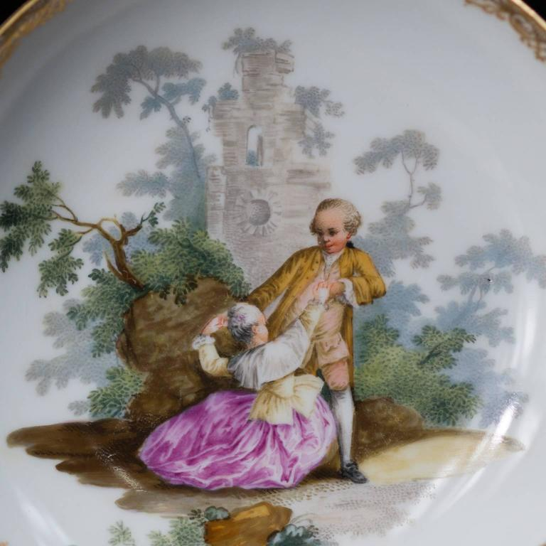 Meissen Teabowl and Saucer, Watteauesque Scenes, circa 1770 In Good Condition For Sale In Geelong, Victoria