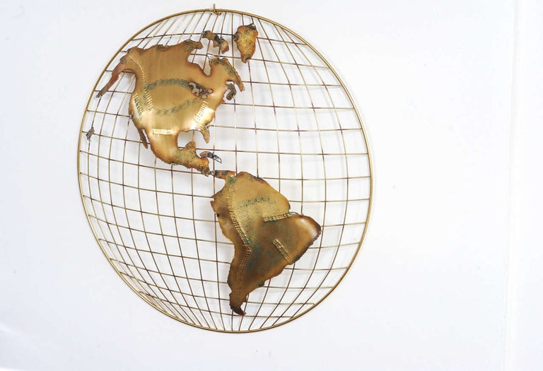 Pair of Brass Wall Sculptures together forming 'The World' by Curtis Jeré In Good Condition For Sale In Doornspijk, NL