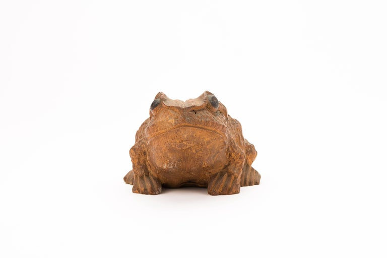 Antique Japanese Carved Bamboo Toad, 19th Century In Good Condition For Sale In Prahran, Victoria
