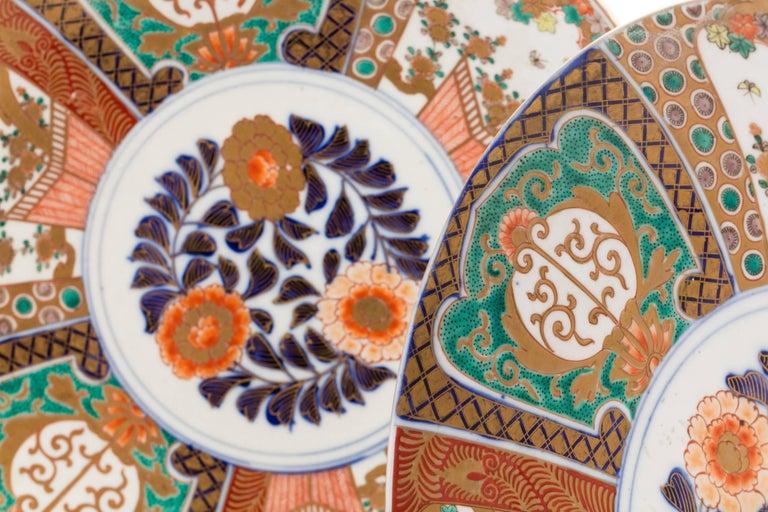 Ceramic Antique Japanese Pair of Imari Plates, Meiji Period, circa 1900 For Sale