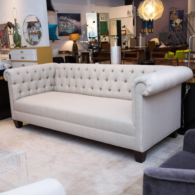 Classic Chesterfield Sofa in Grey Linen 3