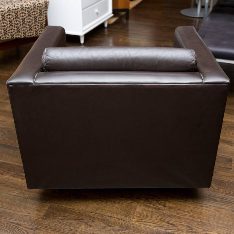 American Gunlocke Vintage Leather Club Chairs For Sale & Gunlocke Vintage Leather Club Chairs at 1stdibs