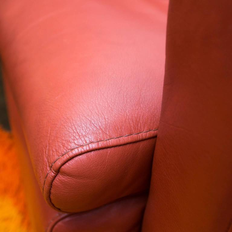 Poltrona Leather Swivel Chairs At 1stdibs