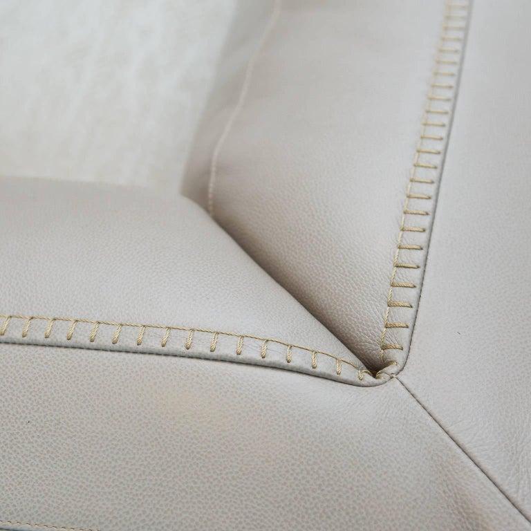 Antonio cittero italian leather chaise longue for maxalto for Chaise longue leather