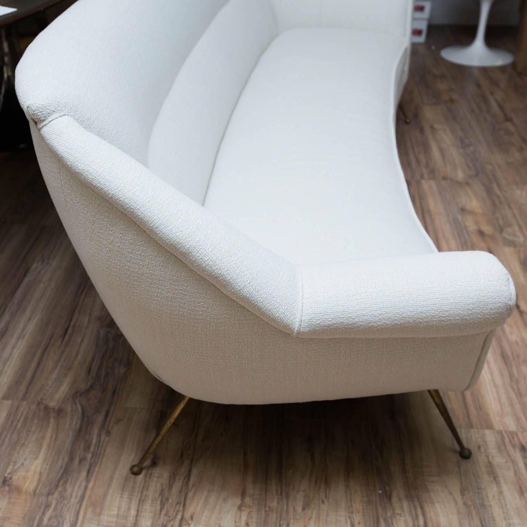 Mid-Century Modern Gio Ponti Style Sofa For Sale