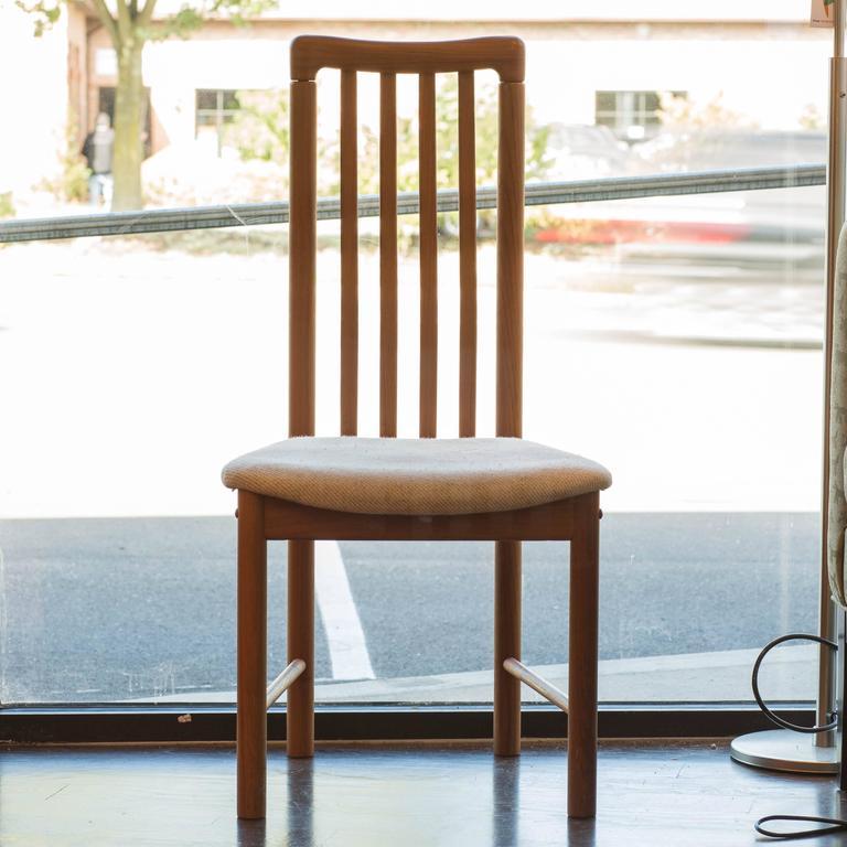 Scandinavian Modern Set Of Five Benny Linden Teak Dining Chairs For Sale