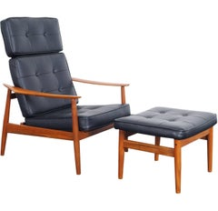 Danish Modern Reclining Lounge Chairs and Ottoman by Arne Vodder