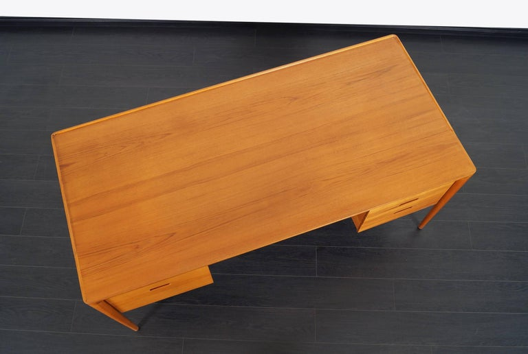 Danish Teak Desk by Erik Riisager Hansen  For Sale 3