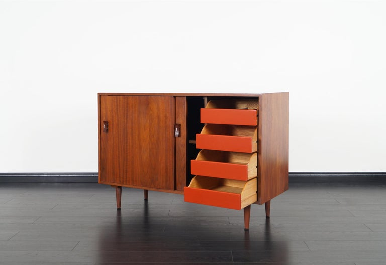 American Vintage Walnut Sideboard by Stanley Young For Sale