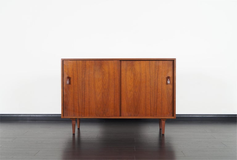 Mid-20th Century Vintage Walnut Sideboard by Stanley Young For Sale