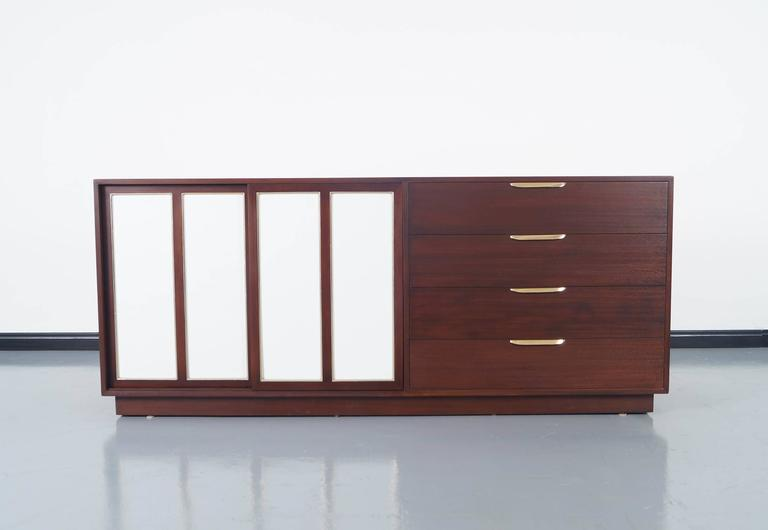 Vintage Sideboard by Harvey Probber In Good Condition For Sale In Burbank, CA