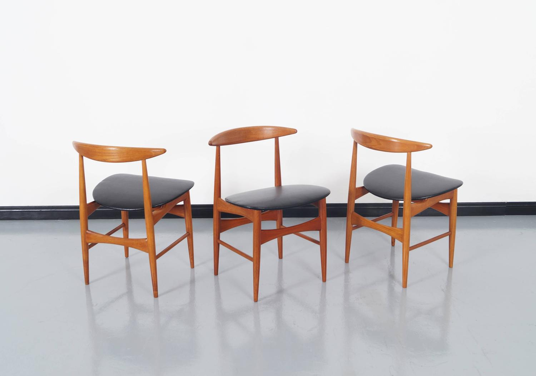 Danish teak dining chairs by mogens kold for sale at 1stdibs - Scandinavian teak dining room furniture ...