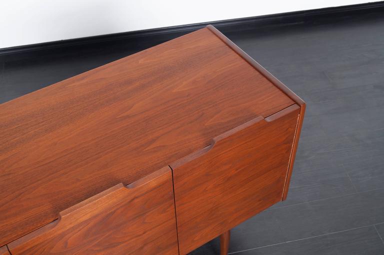 Oak Vintage Walnut Bi-Folding Doors Credenza by John Caldwell for Brown Saltman For Sale