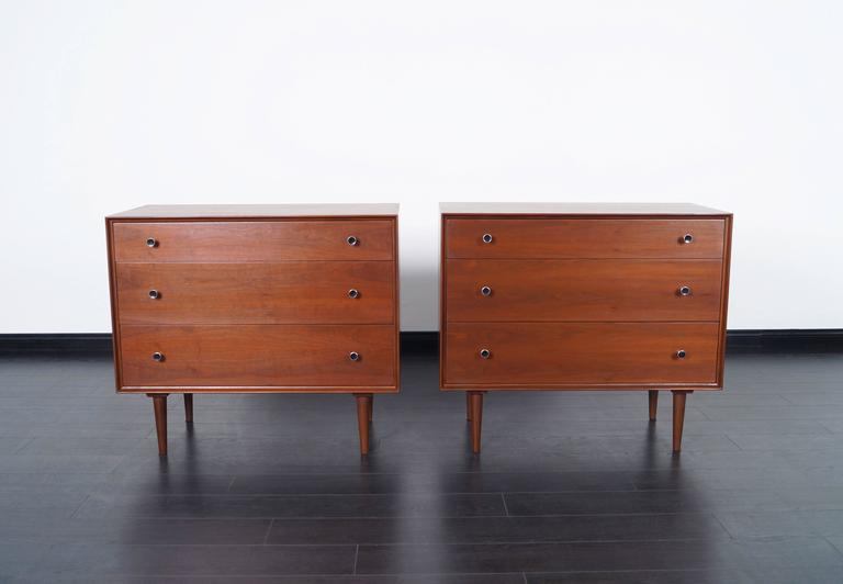 Vintage Walnut Chest of Drawers by Robert Baron For Sale 1