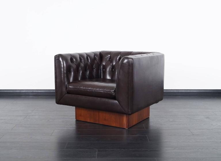 American Vintage Tufted Leather Lounge Chairs by Milo Baughman For Sale