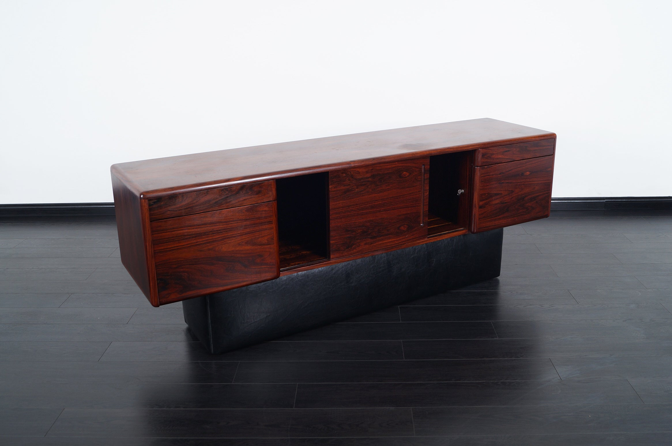 Credenza Danish Modern : Danish modern rosewood credenza for sale at 1stdibs