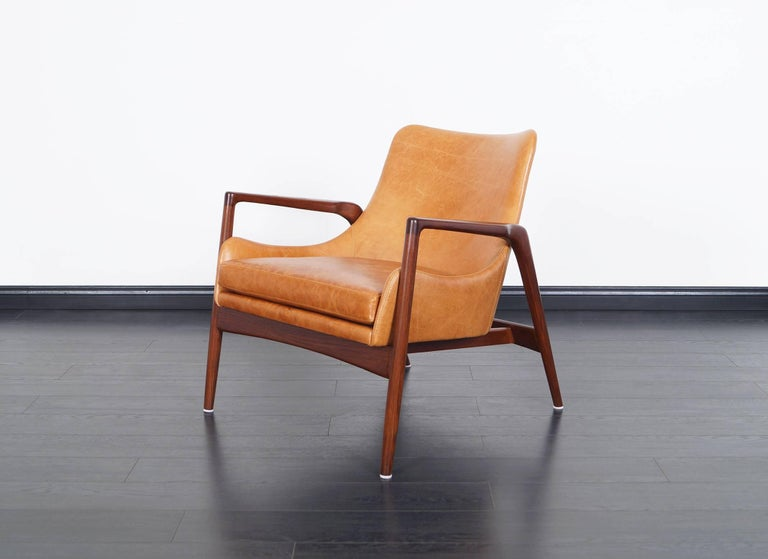 Danish Modern Leather Lounge Chairs by Ib Kofod Larsen For Sale 1
