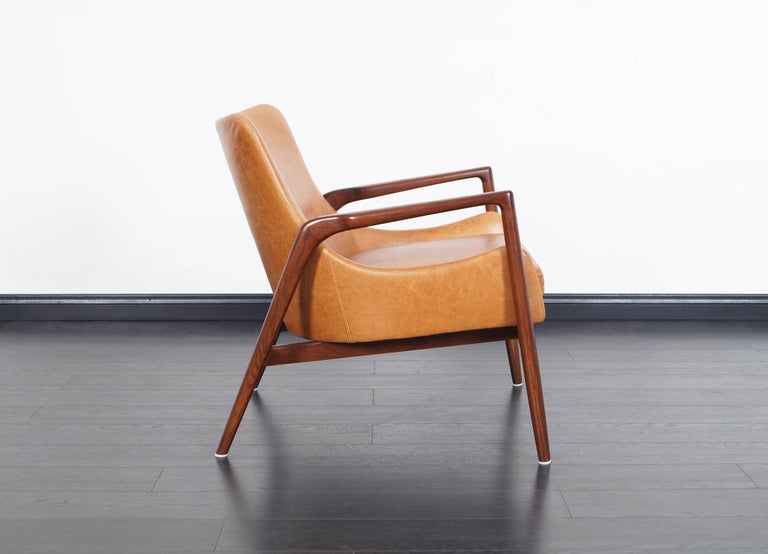 Danish Modern Leather Lounge Chairs by Ib Kofod Larsen For Sale 2