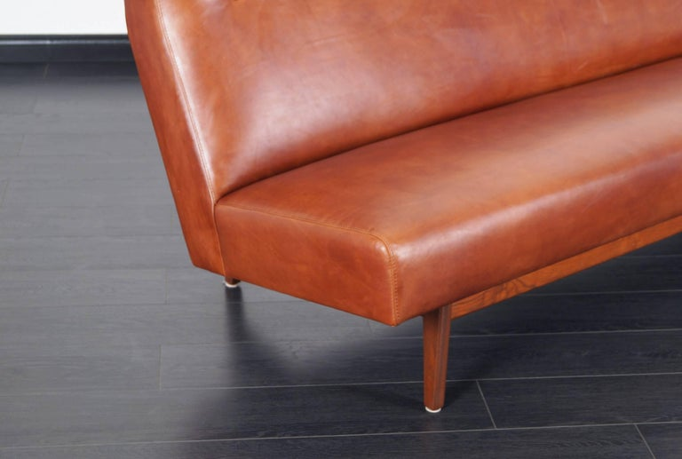 American Vintage Leather and Walnut Sofa by Jens Risom For Sale