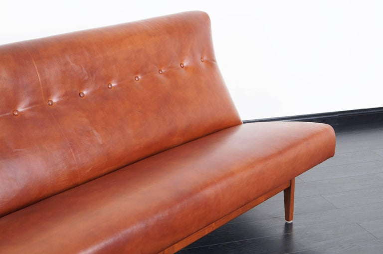Vintage Leather and Walnut Sofa by Jens Risom In Excellent Condition For Sale In Burbank, CA