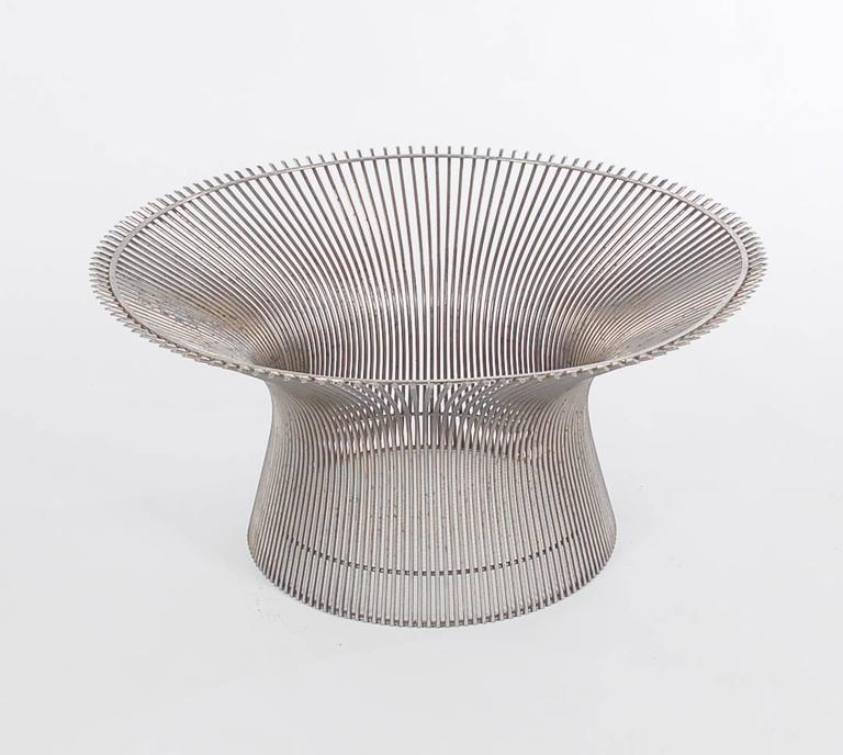 American Warren Platner for Knoll Round Marble Cocktail Table For Sale