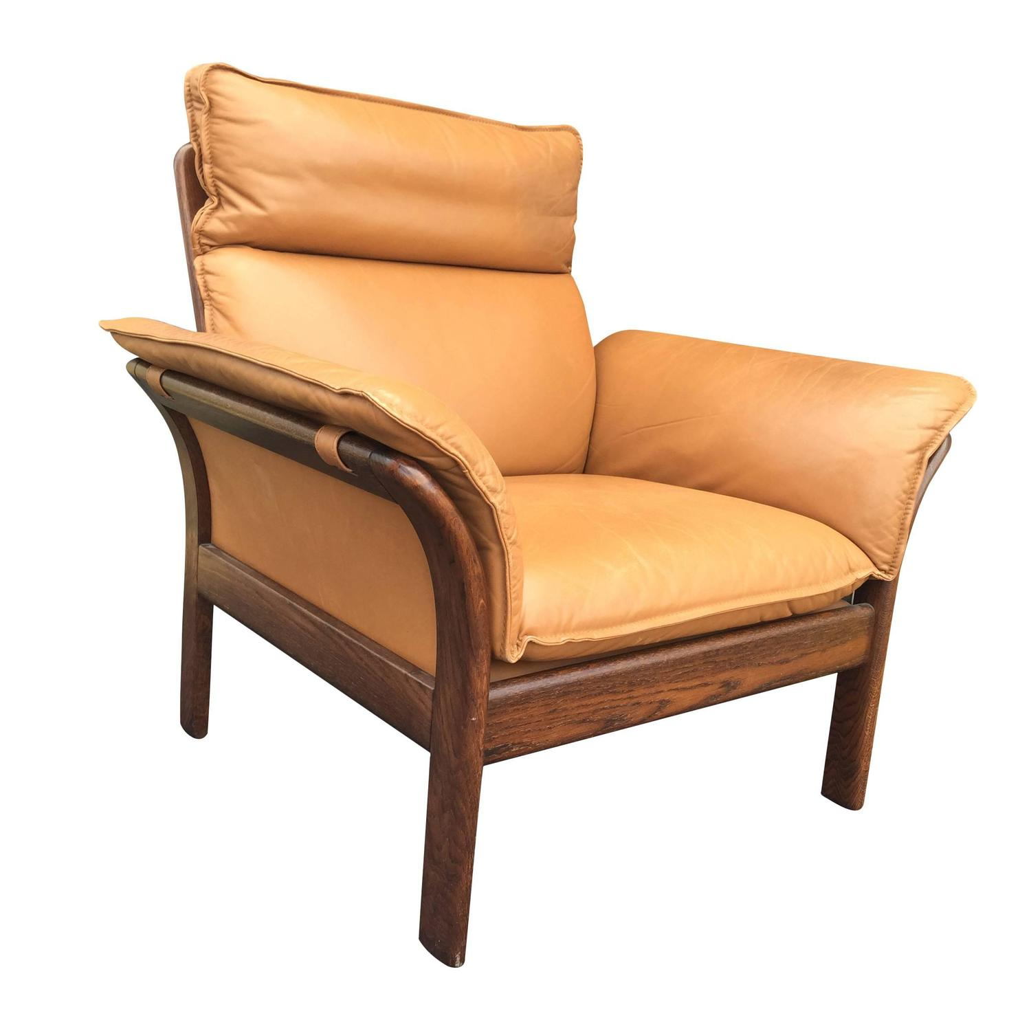 1970s Camel Leather and Rosewood Scandinavian Chair at 1stdibs