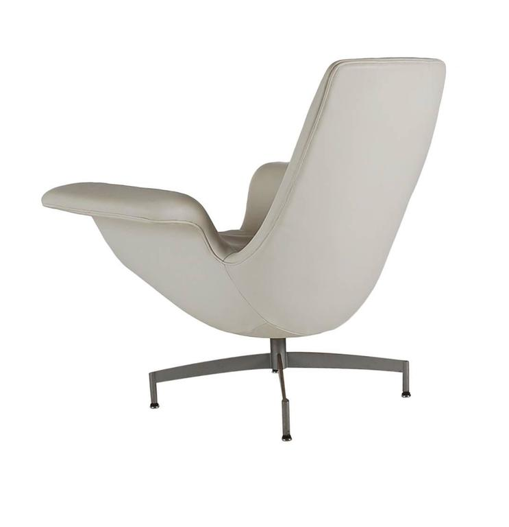 Mid Century Modern Dialogue HBF Swivel Lounge Chair In White Leather For Sale