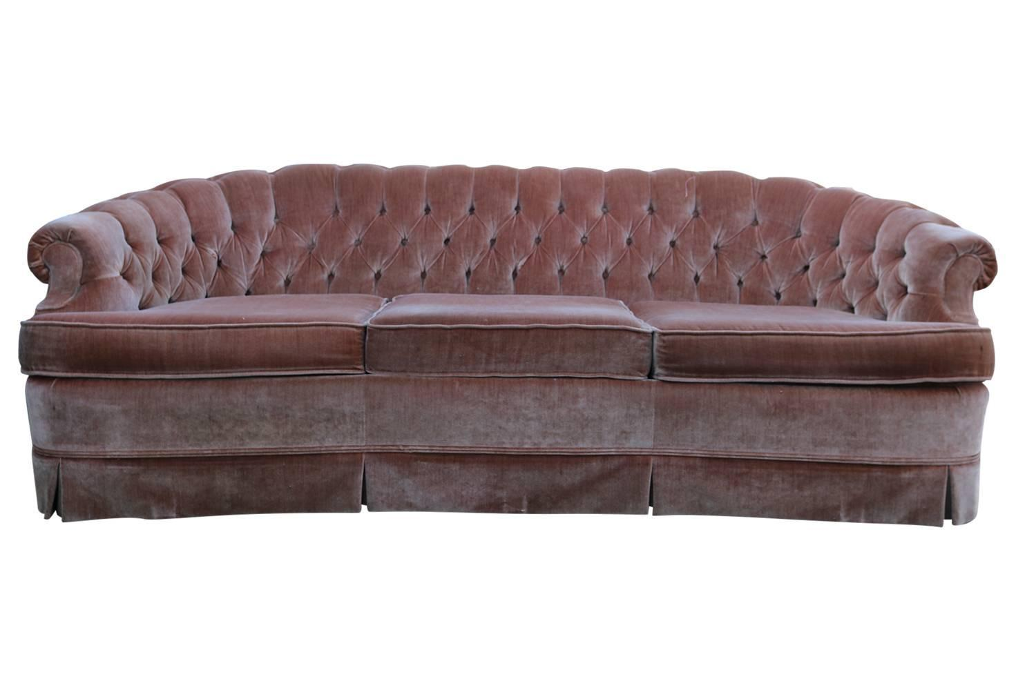1960s tufted pink velvet chesterfield sofa for sale at 1stdibs. Black Bedroom Furniture Sets. Home Design Ideas